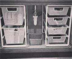 Under Kitchen Sinks, Under Kitchen Sink Organization, Bathroom Cabinet Organization, Sink Organizer, Diy Kitchen Storage, Bathroom Storage, Home Organization, Organizing Ideas, Bathroom Cabinets