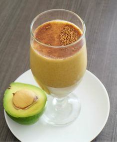 Avocado Turmeric Cinnamon Tea with Coconut Milk is Paleo, AIP, Vegetarian and Vegan iced shake or smoothie. A take on Indonesian Avocado coffee, Es Alpucat.