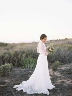Photography: Esther Sun Photography - esthersunphoto.com   Read More on SMP: http://www.stylemepretty.com/2016/02/29//