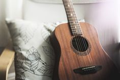 You had a passion for playing acoustic guitar, and you are new to the music world. So you are thinking of buying an acoustic guitar. Let's take a look at our Top 10 Best Acoustic Guitars For Beginners. Learn Guitar Online, Learn To Play Guitar, Best Acoustic Guitar, Acoustic Guitar Lessons, Acoustic Guitars, Music Guitar, Guitar Tips, Guitar Chords, Acoustic Music