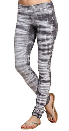 Axle Leggings in my closet for casual days. Tie Dye Outfits, Casual Outfits, Fashion Outfits, Ladies Fashion, Silver Icing, Tie Dye Leggings, Shops, Tie Dye T Shirts, Fashion Company