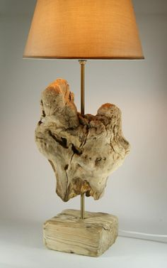 Driftwood Furniture, Driftwood Lamp, Driftwood Projects, Lampe Decoration, Creative Lamps, Wooden Lamp, Lamp Design, Wood Art, Interior