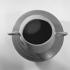 Vase from above  _______________________________ #urban_pottery #slowmade #pottery #ceramicgifts #ceramicvase #handbuiltceramics #instapottery #urbanlife #madeingreece #pottersofinstagram #handmadeisbetter #potteryforall  #slowliving #art #handmadeceramics #potterylove #artisan #oneofakind #blackandwhite #blackandwhitephoto
