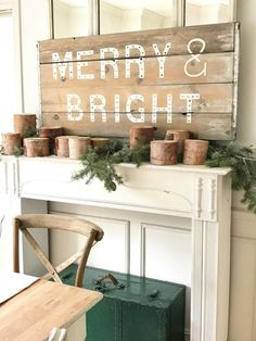 Little Farmstead: A Merry and Bright Farmhouse Dining Room {bHome for the Holidays Tour}