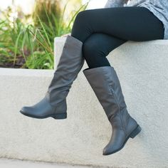 Journee Collection Women's 'Lawren' Regular and Wide-calf Knee-high Riding  Boot (Black- 6.5), Black (leather)