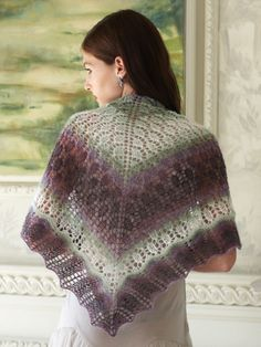 Scalloped Triangle Shawl Crochet Pattern : 1000+ images about SCIALLI FREE on Pinterest Shawl ...