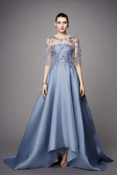 Blue Prom Dresses With Beading Cape Luxury Evening Gowns 2017 New Design Fashion Long Prom Party Gowns With bolero turkey style A Line Prom Dresses, Trendy Dresses, Nice Dresses, Casual Dresses, Fashion Dresses, Fashion 2017, Fashion Show, Party Fashion, Woman Fashion