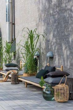 24 Beauty Modern garden ideas for the small balcony . 24 Beauty Modern garden ideas for the small balcony In mode. Balcony Furniture, Garden Furniture, Outdoor Furniture Sets, Small Balcony Garden, Terrace Garden, Balcony Gardening, Modern Balcony, Small Gardens, Outdoor Gardens
