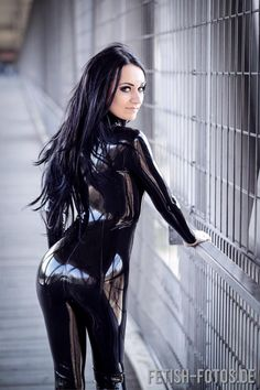 Latex Outfits that Are Hot :  Photo