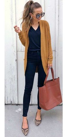 Casual fall outfit ideas, that can be preferred for spring and autumn season. And perfect color matches you can be found here. These women outfits fit. Fall Outfits For Work, Casual Fall Outfits, Winter Fashion Outfits, Look Fashion, Fashion Models, Autumn Outfits, Summer Outfits, Navy Outfits, Casual Weekend Outfit