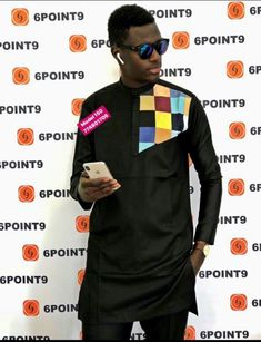 African Dresses Men, African Shirts, African Lace, African Wear, Nigerian Men Fashion, African Men Fashion, Mens Ethnic Wear, Mens Kurta Designs, Couple Outfits
