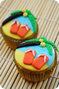 Flip-flop beach cupcakes