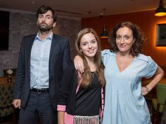 Alec Hardy with his estranged on-screen wife Tess Henchard (Lucy Cohu - and yes she was in Torchwood!) and daughter Daisy (Hannah Rae) #Broadchurch 2 — Source: ITV