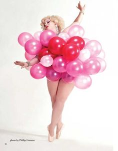 How to burlesque balloon dance like Dirty Martini http://www.burlexe.com/how-to-burlesque-balloon-dance/