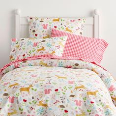 45 girls room decoration ideas you'll love at the first sight 9 Full Duvet Cover, Bed Duvet Covers, Kids Comforters, Beige Bed Linen, Outdoor Cushions And Pillows, Percale De Coton, Bed Linen Design, Big Girl Rooms, Kids Rooms