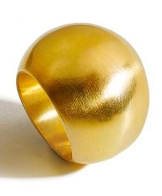 18k gold ring by Osnat Weingarten