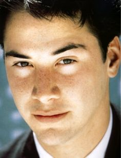 aw look at his cute freckles! young keanu reeves