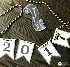 Happy New Year 2017 Printable Banner   This free printable banner for New Year's Eve makes it simple to decorate for NYE! Grab yours on Today's Creative Life.