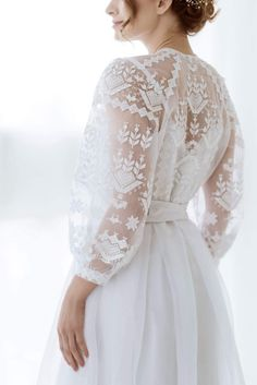 love these lace sleeves Dream Wedding Dresses, Bridal Dresses, Wedding Gowns, Prom Dresses, Kaftan Gown, Ukrainian Dress, Ethno Style, Mode Vintage, Dream Dress