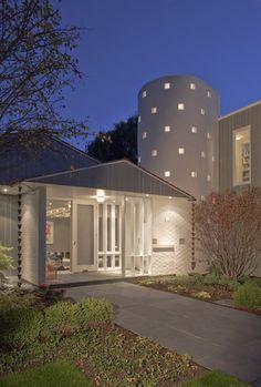 Front Elevation - Dusk - modern - exterior - chicago - Kipnis Architecture + Planning