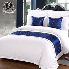 Wholesale Custom Hotel Bed Runner And Cushion Set Bedroom Comforter Sets, Comfy Bedroom, Living Room Decor Curtains, Room Decor Bedroom, Bed Cover Design, Rideaux Design, White Duvet Covers, Hotel Bed, Bed Runner