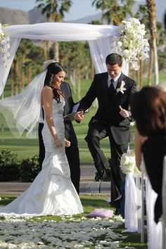 Wedding Ceremony in the Desert. Check out our site to book your complementary consult: www.psplans.com