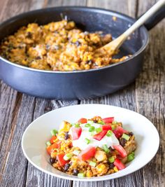 One pot wonder chicken enchilada bowls are simple and delicious. It's a full meal that can be made in one pot (or skillet) for easy clean up.