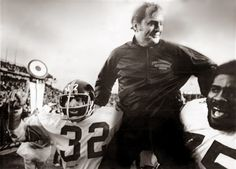PITTSBURGH STEELERS~RIP Friday, All hail the emperor Chaz!) Chuck Noll / Coach who led Steelers to 4 Super Bowl titles. A true sports legend, renaissance man, class act. Here We Go Steelers, Steelers Football, Steelers Super Bowl Wins, Chuck Noll, Joe Greene, Native American Warrior, Pittsburgh Sports, Steeler Nation, Renaissance Men