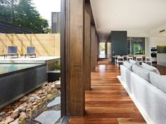 The Avenue House, by Australian firm Neil Architecture, Melbourne.