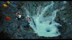 Sie sehen aus wie zwei ganz normale Wasserfälle, die im Norden des US-Bundesstaats Minnesota eine Felswand herabstürzen. Die Wassermassen des Brule River gabeln sich hier, um in den Lake Superior z…