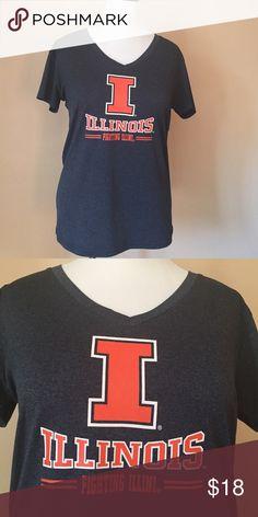 Illinois grey team shirt. Fighting Illini, Illinois team shirt. Go orange and blue! In grey with orange lettering. Plain grey back. Tops Tees - Short Sleeve