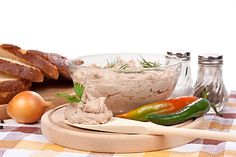 Modern Food, Camembert Cheese, Salsa, Vegetarian, Canning, Meat, Chicken, Recipes, Recipies