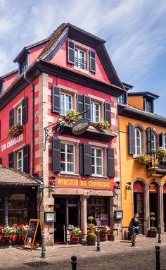 Colorful Kaysersberg Hotel, Alsace, France ~ ღ Skuwandi