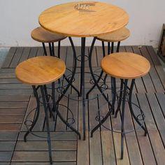 Conjunto de Bistrô com 4 Banquetas de Ferro com Madeira de demolição 0,70 x 1,04 - 4704