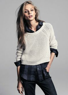 Cropped knit: the best transitional piece for Autumn to Winter. CLICK to shop. Image: Mango Fashion.