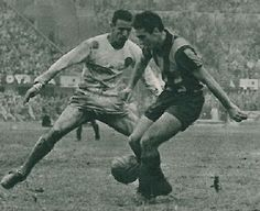 Penarol 0 Real Madrid 0 in July 1960 in Montevideo. Pachin and Luis Cubilla in action in the Intercontinental Cup, 1st Leg.