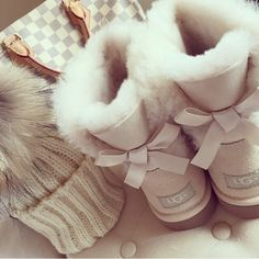 1000 Ideas About Ugg Boots On Pinterest Fur Boots Fox
