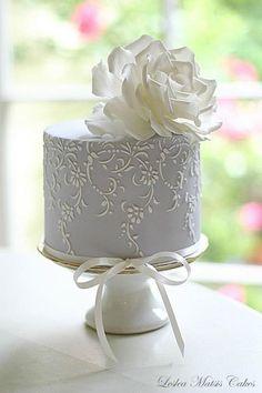 Leslea Matsis cake flower genius - New Zealand