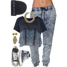 A fashion look from July 2014 featuring Free People sweatshirts, Bullhead Denim Co. and Converse sneakers. Browse and shop related looks.