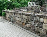 Trockenmauern im Garten