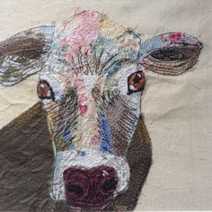 My fabric collage cow made with lots of precision cutting and the aid of a pair of tweezers! Free Motion Embroidery, Free Machine Embroidery, Embroidery Applique, Embroidery Designs, Creative Textiles, Fabric Animals, Fabric Pictures, Animal Quilts, Textile Fiber Art
