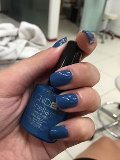 cnd Shellac blue rapture