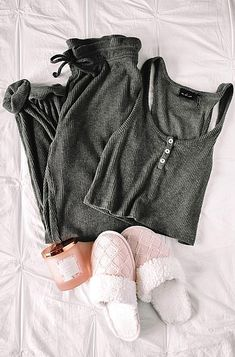 Sharing my new favorite lounge wear staples from Urban Outfitters So many cozy pieces to up your lounge wear style Cozy style from UO. Lounge Outfit, Lounge Wear, Urban Outfitters Clothes, Cozy Fashion, Most Beautiful Pictures, Bell Sleeve Top, How To Wear, Outfits, Tops
