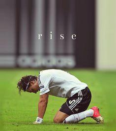 Rise, Mesut Özil.