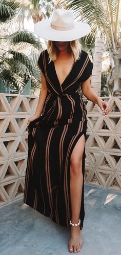 Get ready for vacation in a striped black and brown maxi dress swim cover-up. Perfect for spring break or traveling to a tropical beach destination. The deep plunge neckline, side slits, and knotted waist make this the perfect summer outfit. Outfits Damen, Dress Outfits, Cute Outfits, Fashion Outfits, Summer Maxi Dress Outfit, Beach Wear Dresses, Women's Fashion, Trendy Summer Outfits, Spring Outfits