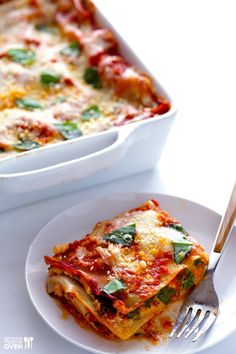 30-minute meals just not cutting it? Try these 52 delicious breakfasts, lunches, and dinners that will satisfy hunger faster than you can order takeout. #healthy #quick #recipes https://greatist.com/health/52-healthy-meals-12-minutes-or-less