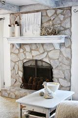 Home Renovation Rustic AMAZING tutorial on painting a dark stone fireplace to look naturally rustic. This will be my fireplace inspiration! erin's art and gardens: painted stone fireplace before and after Whitewash Stone Fireplace, Stone Fireplace Makeover, Fireplace Update, Paint Fireplace, Fireplace Remodel, Fireplace Ideas, Stone Fireplaces, Fireplace Makeovers, Painted Rock Fireplaces