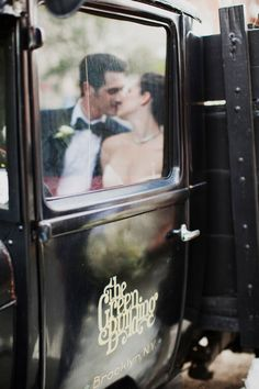 wedding transportation planning checklist things to do and helpful tips http