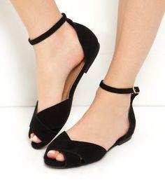 Wide Fit Black Suede Cross Strap Ankle Strap Sandals