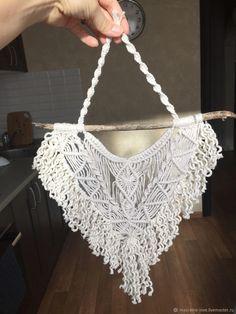 Macrame Plant Hangers, Macrame Bag, Macrame Knots, Point Lace, Macrame Design, Macrame Patterns, Woven Rug, Crochet, Beaded Jewelry